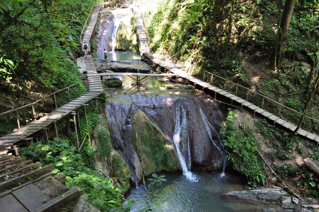 33 водопада. Чайная плантация. Каштановый мёд