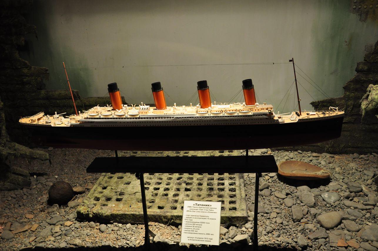 Макет Титаника в зале, посвященному его крушению. Музей катастроф на водах