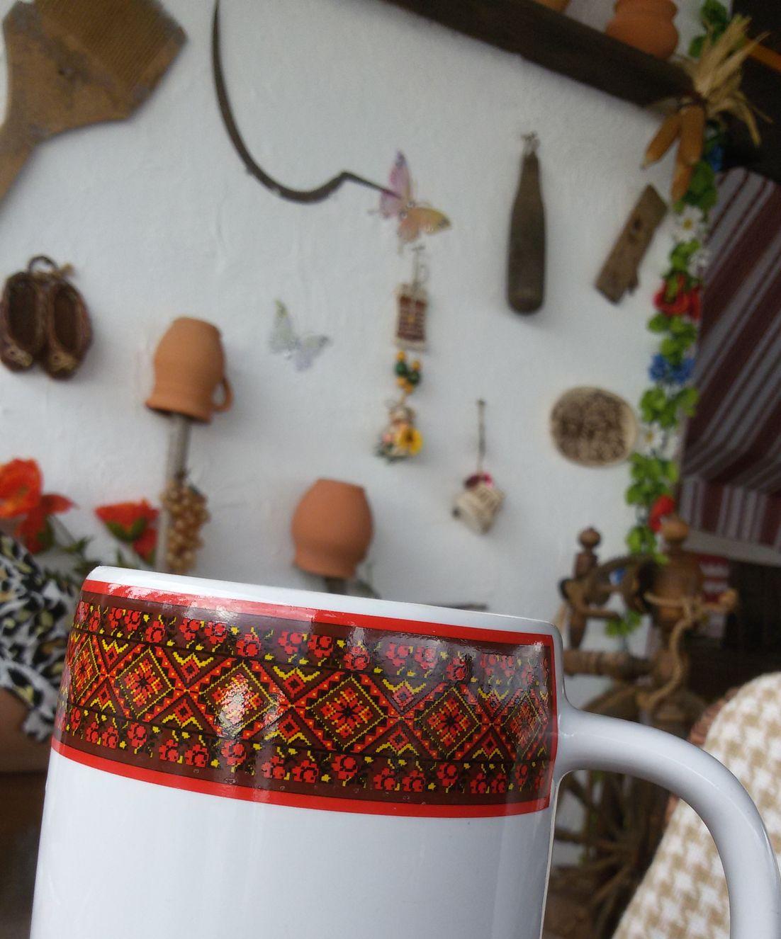 Кафе Хуторок в Малореченском - украинская кухня, вежливый и внимательный персонал