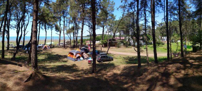 Кемпинги в Грузии. Кемпинг Black Sand Camp. В Грузию с палаткой