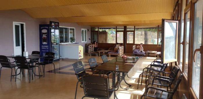 Кафе-столовая-бар в кемпинге Black sand camp